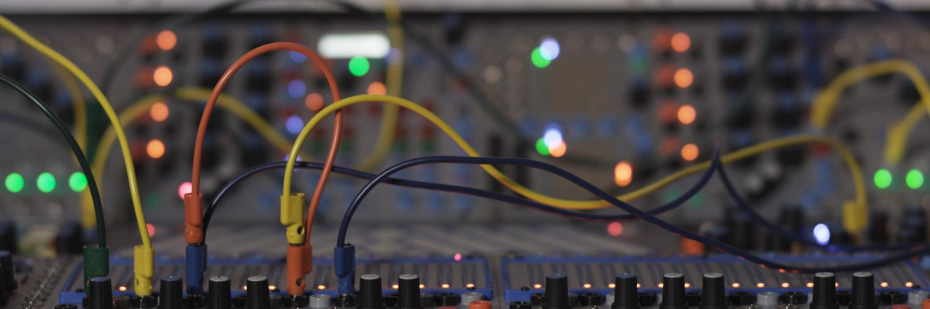 The Bubbling Potential of Live Synthesisers